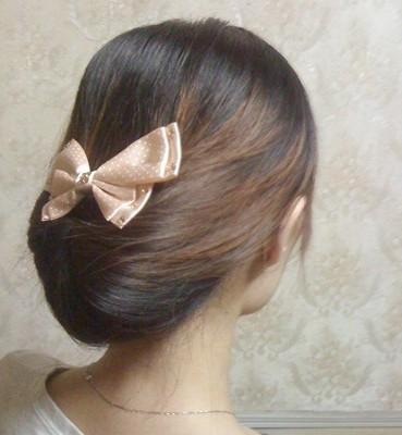 韩式扎头发的方法