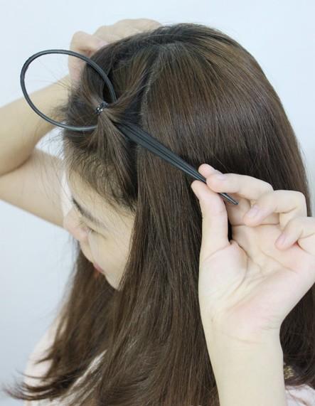 编辫子步骤图_扎头发的方法图解(二)-扎头发网